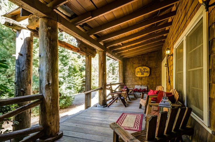 Strawberry Lodge, an authentic mountain lodge near Lake Arrowhead is just 2 hours from most of SoCal with 2 fireplaces, jetted tub, & volleyball court. #PineRoseCabins