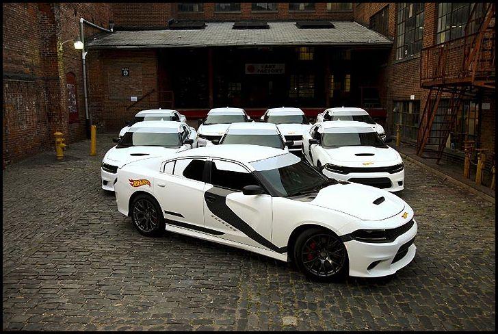 Hot Wheels 2015 Dodge Charger Star Wars Uber Stormtrooper Taxi Replica    #HotWheels #StarWars #Force Friday #Uber #TheForceAwakens #Stormtrooper #Taxi #Dilawri #2015 #DodgeCharger