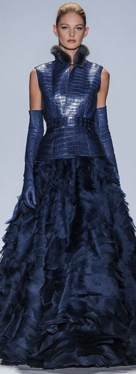 La combinación de cuero y seda es preciosa - Dennis Basso FALL 2013