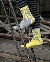 Ravelry: Ohdake-nilkkasukat – Thistle Socks pattern by Tiina Kaarela