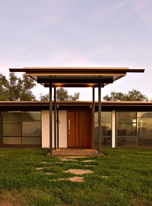 balonne river house | entry ~  fulton trotter architects
