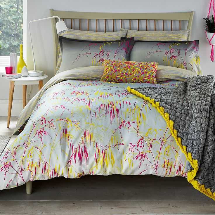 Add contemporary style to the bedroom with this Meadowgrass duvet cover from Clarissa Hulse. Made from 100% cotton sateen with a 200 thread count, it features a repeating grass pattern on the front wi