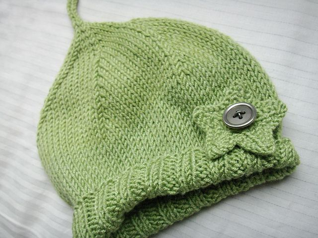 Ravelry: a perfectly simple baby hat... free pattern by pamela w allen