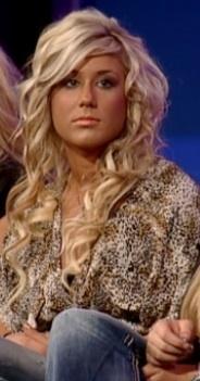 Loves Chelsea Houska hair