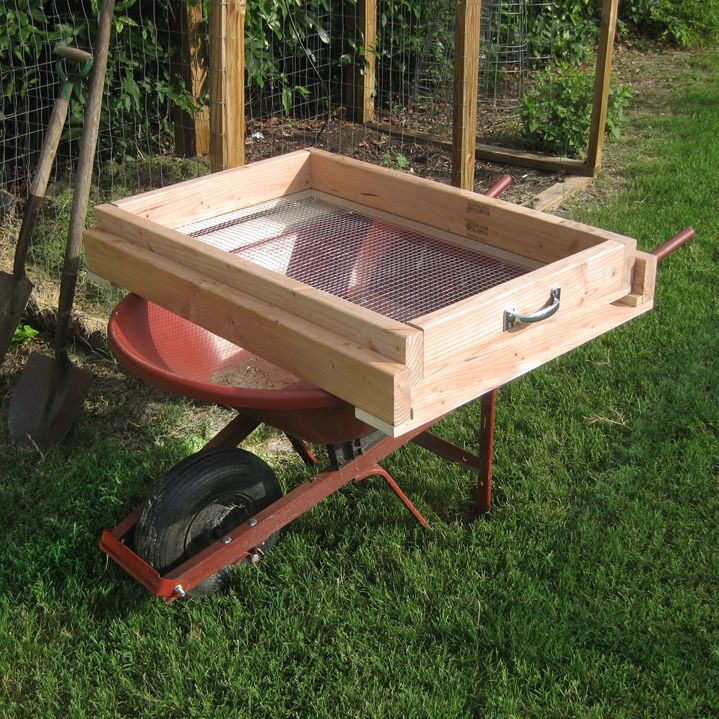DIY Compost Sifter Screen, Wheelbarrow Style. Learn how to make it here http://www.vegetablegardener.com/item/12362/diy-compost-sifter-screen-wheelbarrow-style