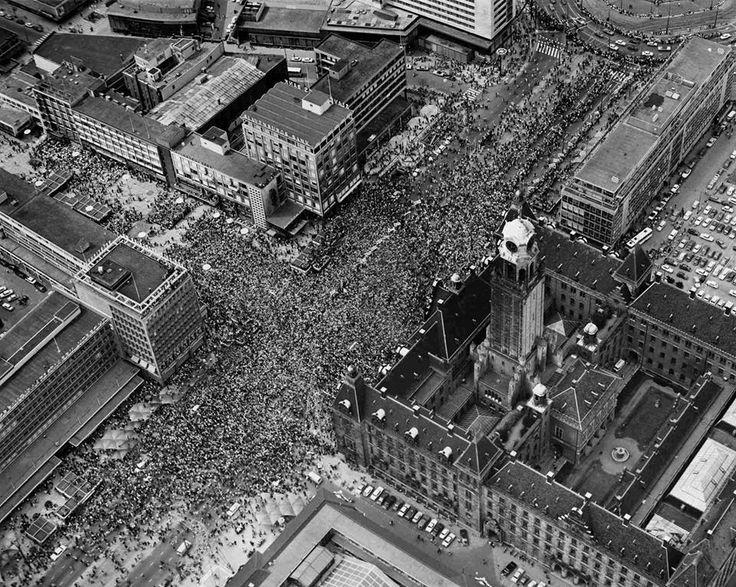 Het feest in Rotterdam na afloop van Europacupfinale Feyenoord-Celtic in 1970.