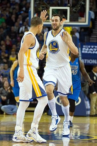 Golden State Warriors Andrew Bogut, Stephen Curry