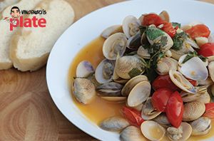 This Steamed Clams (Vongole) recipe is bursting with flavours thanks to a colourful mix of cherry tomatoes, fresh parsley and a squeeze of lemon