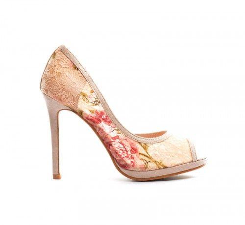 Pantofi Yuri Bej 2 -  Material textil  Colectia Incaltaminte de la  www.cadoupentruea.ro