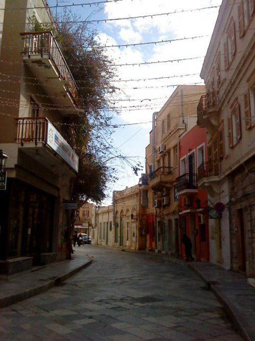 Alley in Ermoupoli, Syros #syros