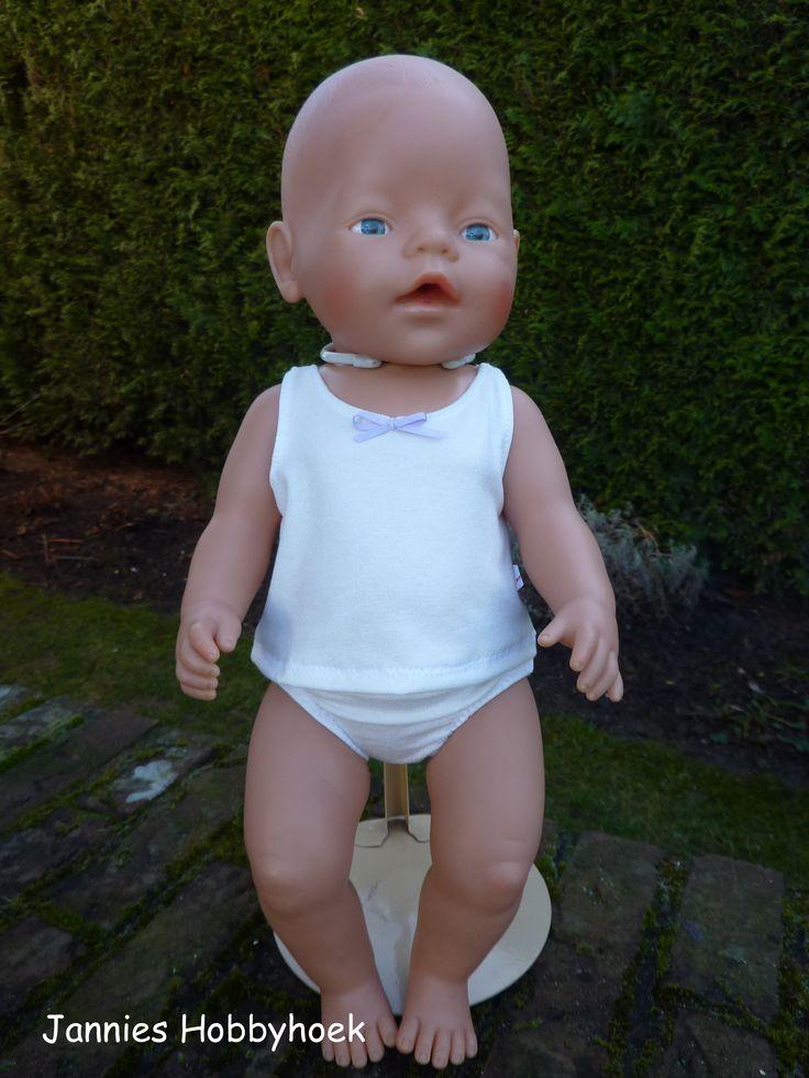 Ondergoed broekje en hemdje voor babyborn 43 cm eigen ontwerp poppenkleertjes made by jannie - Bebe ontwerp ...