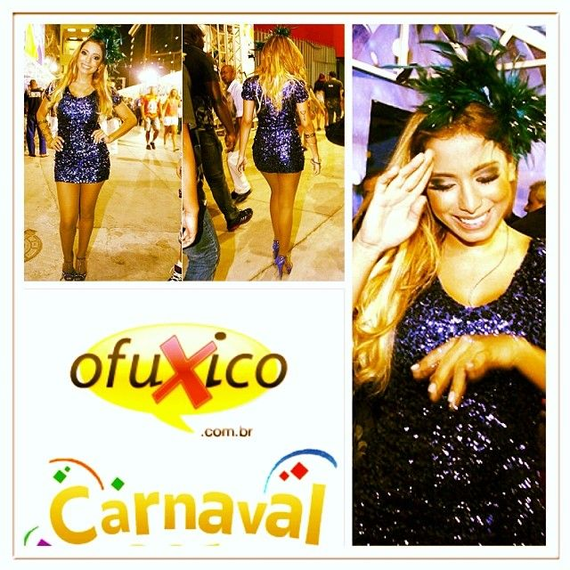 Anitta loirinha e simpática na Sapucaí #carnaval #ofuxico http://www.ofuxico.com.br/carnaval/2014/noticias/anitta-da-show-de-simpatia-na-sapucai/2014/03/01-196370.html
