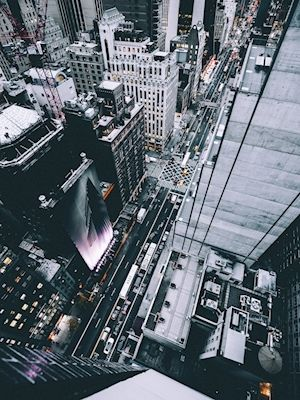 Søren Thuesen - Streets of Gotham. A photograph with a birds eye view of New York city.