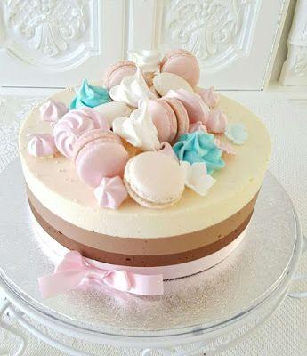 Purppurahelmi: Kolmen suklaan kakku pienelle neidolle