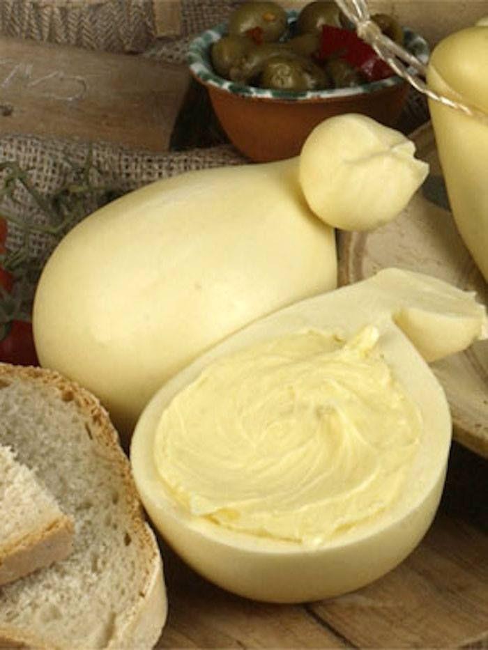"""BURRINO è un particolare formaggio tipico Molisano, prodotto con il burro avvolto nella pasta filata. Formaggio grasso, fresco o di breve stagionatura, a pasta filata, con un cuore di burro. In cucina si può utilizzare per insaporire le zuppe di verdure o su fette di pane tostate. Lo si trova anche In alcune zone della Calabria """"Butirro""""; in Puglia nella zona di Ginosa e Gioia del Colle """"Manteca""""; in Campania """"burrini di bufala""""#CarnevaliLuigi https://www.facebook.com/IlBuongustaioCurioso/"""