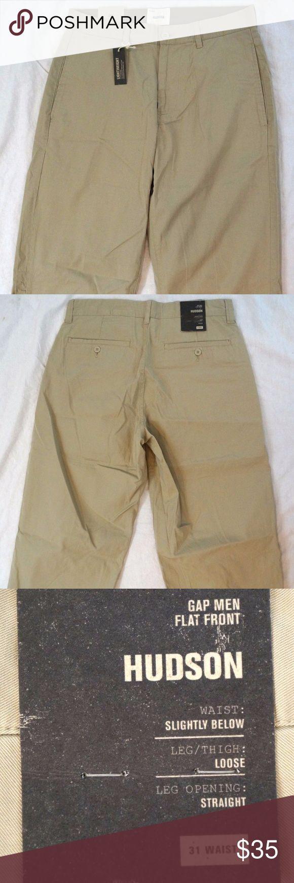 "Gap Hudson Loose Fit Flat Front Mens Khaki Shorts Gap Hudson Loose Fit Flat Front Mens Khaki Shorts Size 31 NWT   Hand Measurements: Waist: 31"" Inseam: 20"" Rise: 11"" Thigh: 26"" Leg Opening: 10""  PM#2410 GAP Shorts Flat Front"