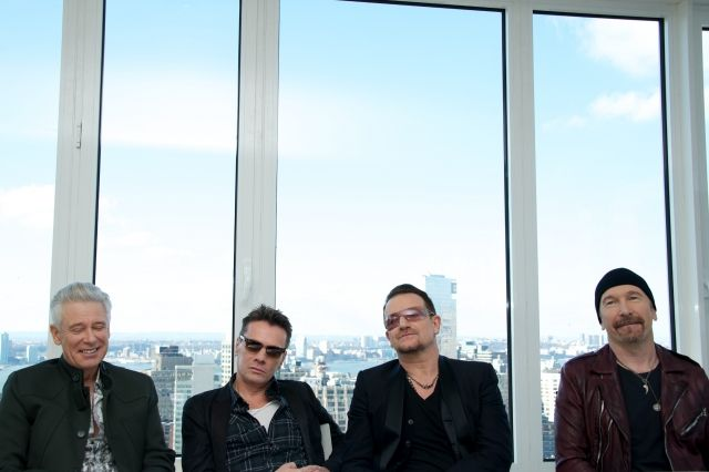U2 press conference for Ordinary Love in New York City - 7 December 2013 #u2NewsActualite #u2NewsActualitePinterest #u2 #bono #PaulHewson #picture #2013 #DaveEvans #DavidEvans #TheEdge #LarryMullen #LarryMullenJr #AdamClayton   http://popbonobuzzbaby.tumblr.com/