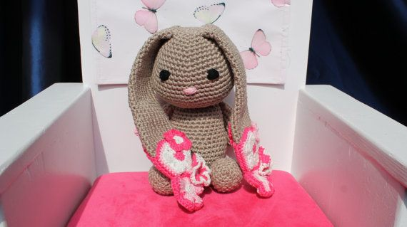 Gehaakt amigurumi konijnenknuffel # bloemen # groot konijn 32 cm * bruin roze * kraamcadeau / kraamkado, kado voor pasgeboren meisje / baby
