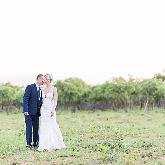 #DavishPhotography #SophisticatedSimplicity #SouthAfrica #lifestylephotographer #weddingphotographer #portraitphotographer #lifestyle #bridestyle #naturallightphotographer #naturallight #chasinglight #iamnikon #weddingfriends #prettyweddings #prettysessions