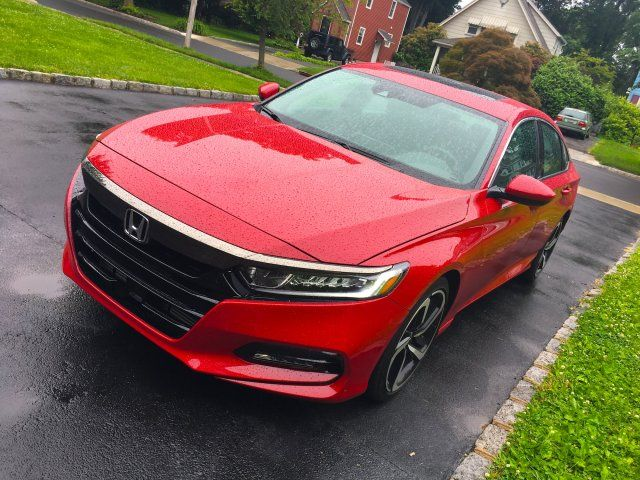 We Drove A 31 000 Honda Accord To See Why It S One Of The Best Selling Cars In The Us And Discovered Its Best Features Honda Accord Sport