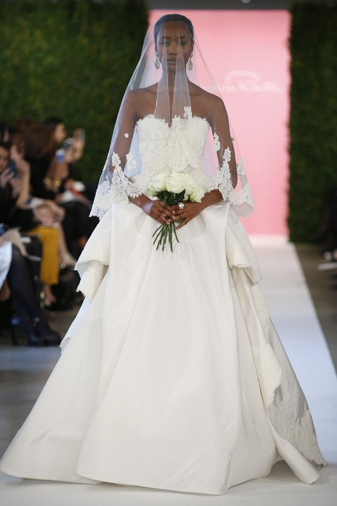 Oscar de la Renta Bridal Spring 2015 [Photo by John Aquino]