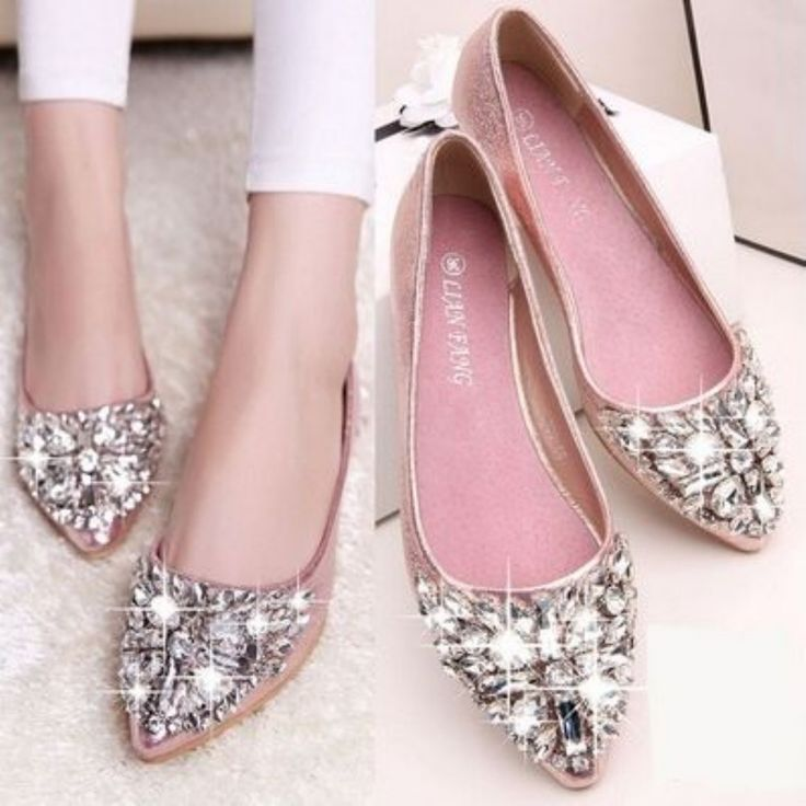 Awesome 33 Eye-Catching Outfits With Pink Flat Shoes from http://www.fashionetter.com/2017/04/12/eye-catching-outfits-with-pink-flat-shoes/