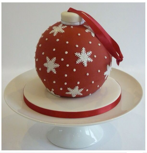 Christmas ornament Bauble cake