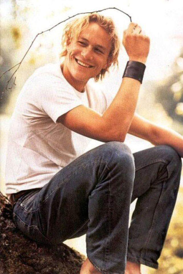 "Heath Ledger RIP Name: Heath (Heathcliff) Andrew Ledger Birthdate: 4 April 1979 Starsign: Aries Height: 6'2"""
