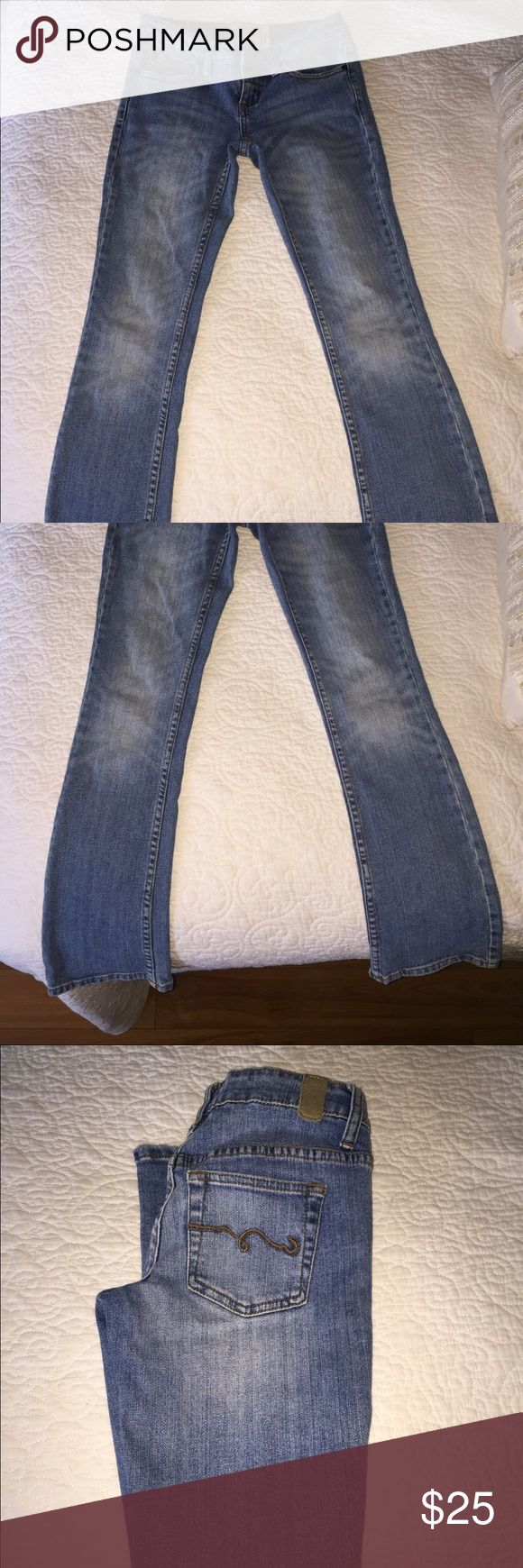 American Rag jeans Jeans are in great condition! Very comfortable and flexible! American Rag Jeans Boot Cut