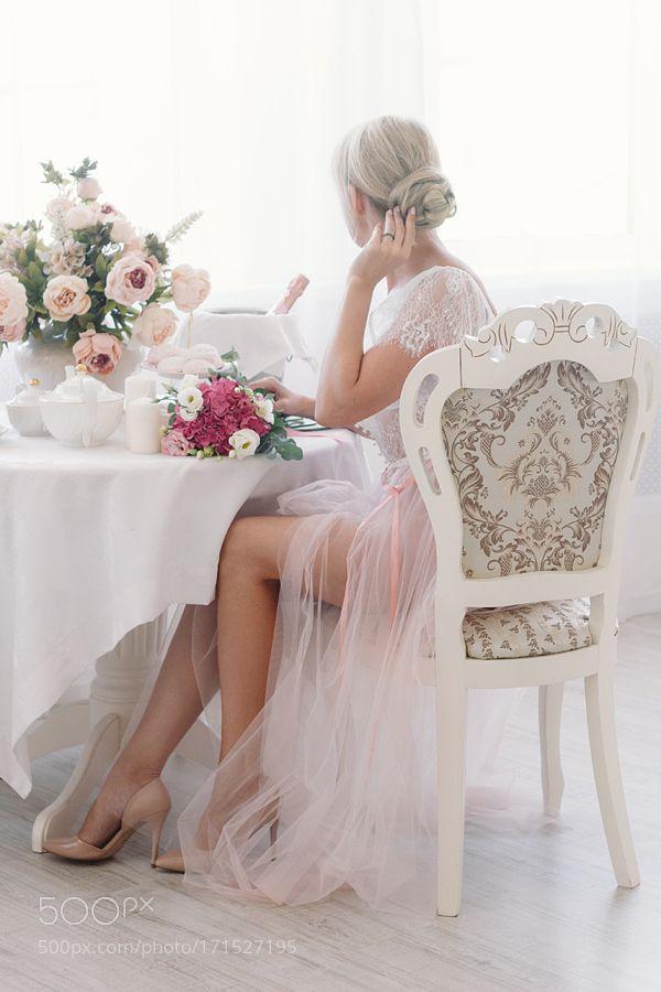Morning bride by Pomogaybina