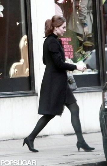 Duchess Kate: Duchess Kate Wears Black For Harvey Nichols Shopping Trip