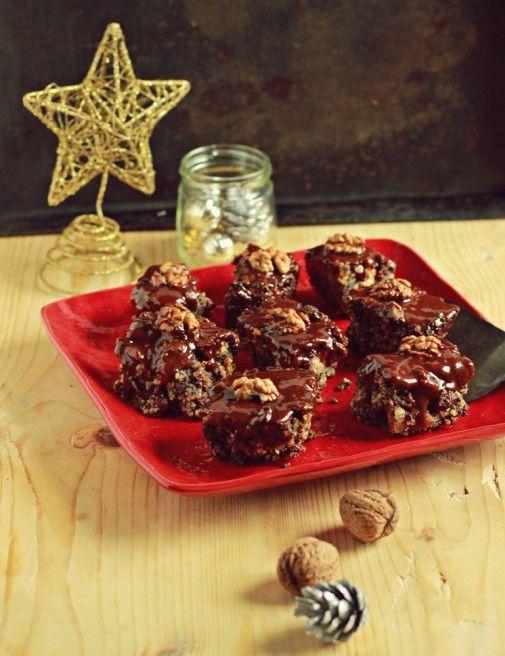 5 wegańskich i bezglutenowych ciast idealnych na Boże Narodzenie. Proste, pyszne i szybkie w przygotowaniu, nic tylko ruszać do piekarników!