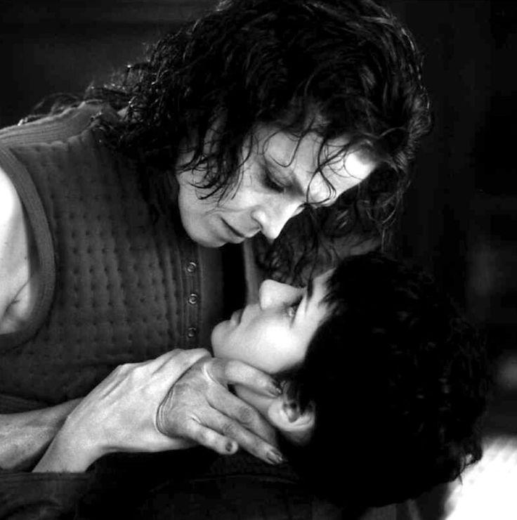 """Sigourney Weaver y Winona Ryder en """"Alien: Resurrección"""" (Alien Resurrection), 1997"""