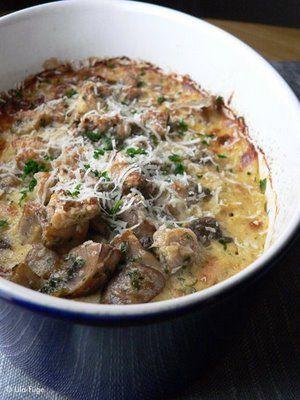 Gombás, mascarponés csirkemell gratin