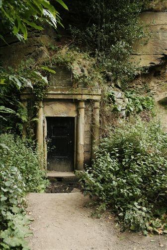 Forgotten Doorway, Secret Passage