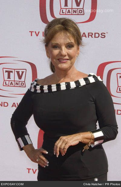 Dawn Wells, who played Mary Ann Summers - Gilligan's ...