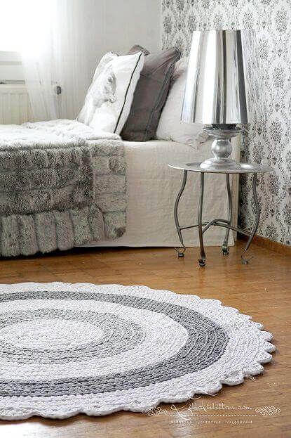 tapetes de barbante branco e cinza para quarto