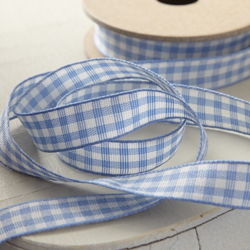 I can't get enough gingham ribbon!  It makes everything more fabulous!