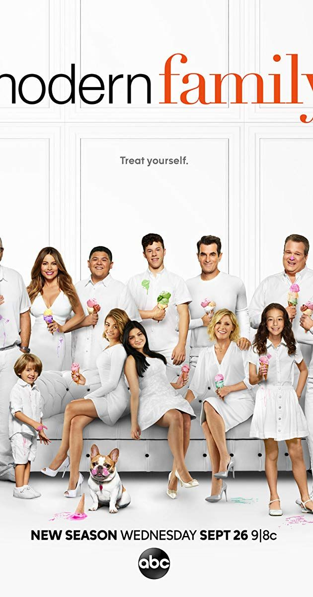Created By Steven Levitan Christopher Lloyd With Ed O Neill Sofia Vergara Julie Bowen Ty Burrell Three Differen Modern Family Family Tv Series Family Tv