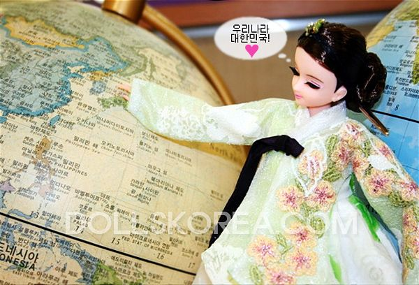 Youn-Ji Dolls 연지인형~ Pretty Little Hanbok Beauties