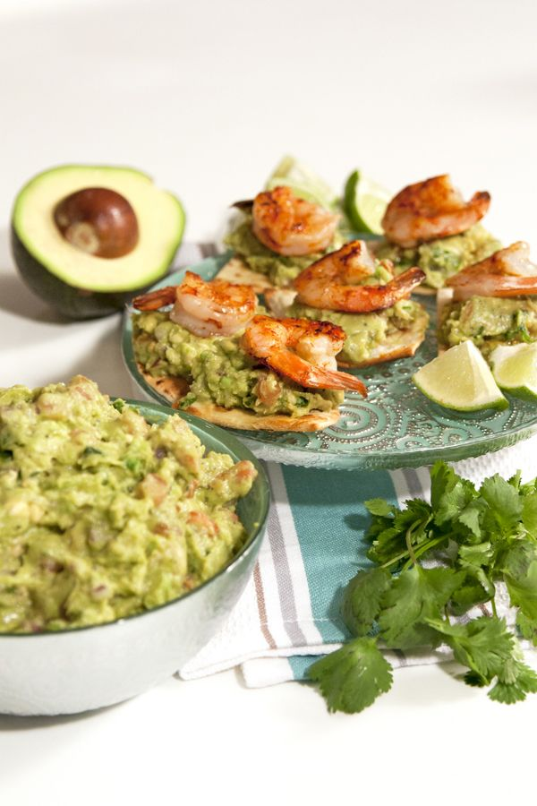 Grilled Shrimp on Baked Flour Tortilla Chips topped with Guacamole Video - Muy Bueno Cookbook  I must be on a shrimp kick lately. You would be too if you knew how fast you can make an entrée or appetizer with shrimp. Shrimp only takes a few minutes to cook and accompanied withguacamoleyou can have a seriously delicious looking meal in no time.