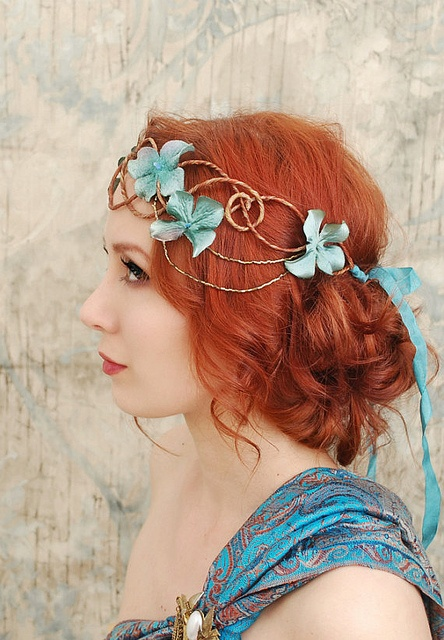Art Nouveau hair  This is a very romantic llok. Red hair, blue accessories... what's not to love?