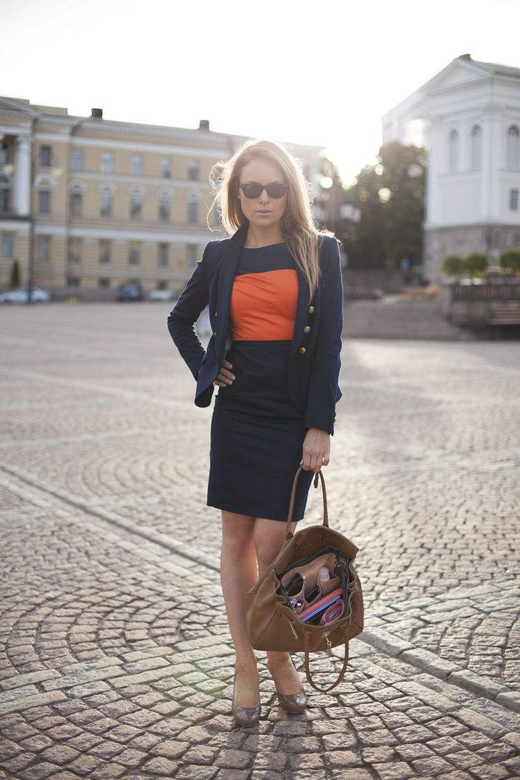 What is a Pro look for Tuesday? Sharp & Smart with Insjö bagINbag! #Helsinki #Design