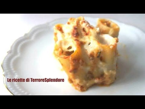 Paccheri ripieni al forno con funghi e salsiccia