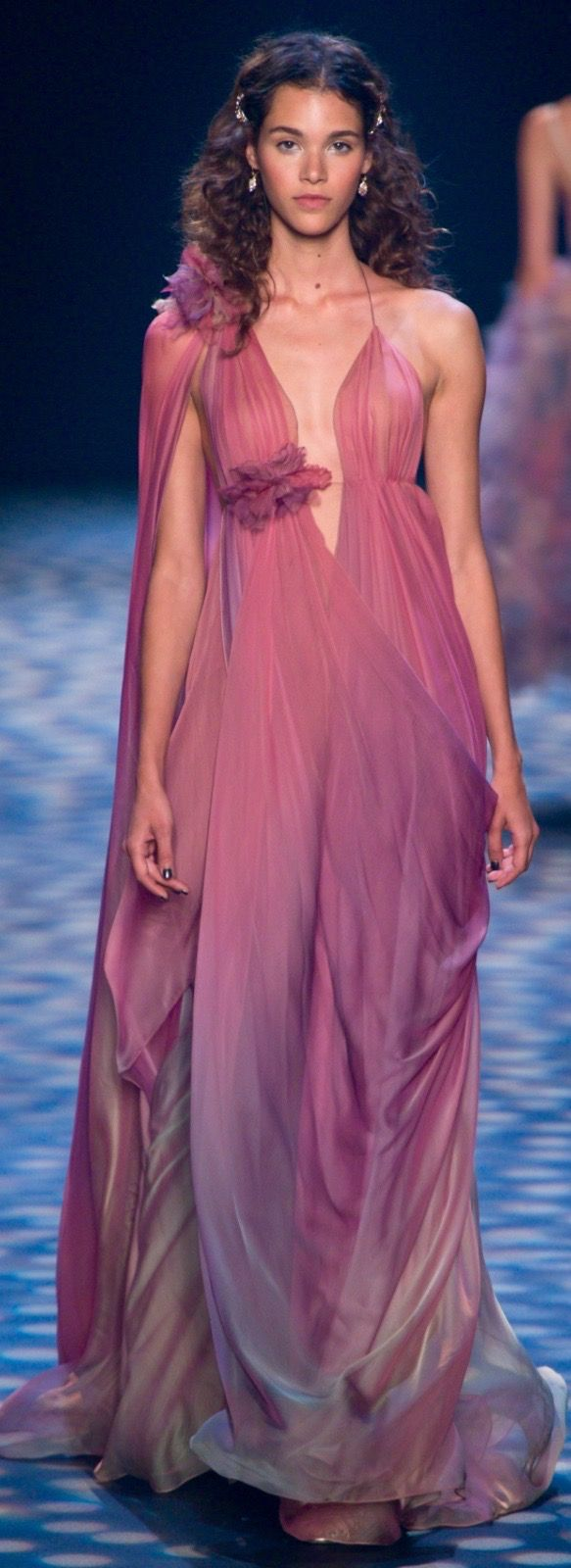 84 best D r e s s e s images on Pinterest | Ball gown, Ballroom ...