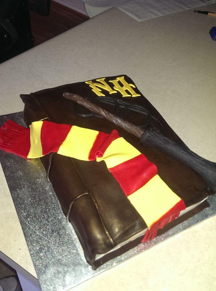 Nyssa's Harry Potter book Birthday cake