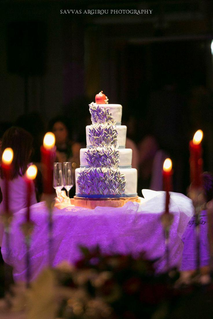 #Appletheme #WinterWedding #GoldenAppleWeddings in #Rhodes  #weddingdestination #weddingstyling #weddingabroad #weddingplanners #weddingcenterpiece #weddingdecoration #weddingreception #lace #wildflowers  #wessingcake #redweddingtheme