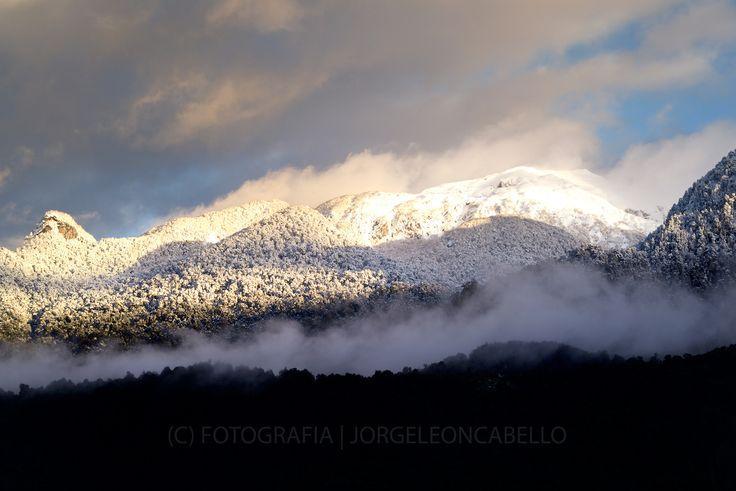 https://flic.kr/p/yvjM3y | Majestuosas montañas - Peulla (Patagonia - Chile) |