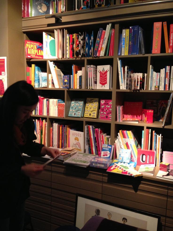 Le Salon by the des ecrivains