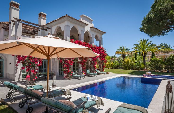 Casa Lantana, Eastern Algarve - Sleeps up to 12. A perfect retreat for friends and families, this is an elegant luxury villa in the Algarve, basking in tranquil gardens, within easy reach of beaches, fine restaurants and excellent golf.